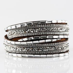 Double wrap bling bracelet